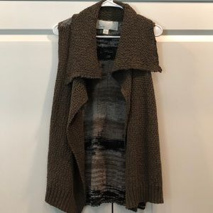 Waterfall front vest